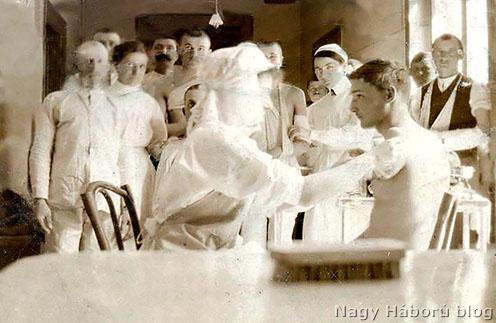 Kálmán a műtét után a frontról üzent menyasszonyának, aki elfogadta a rossz hírt, és kitartott mellette, feleségül ment hozzá