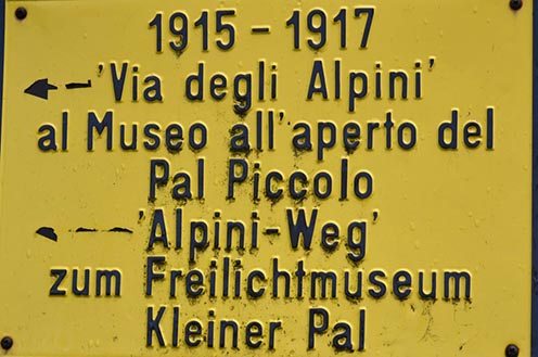A Kleiner Palra vezető út kezdetét jelző tábla. Ott most nem jártunk