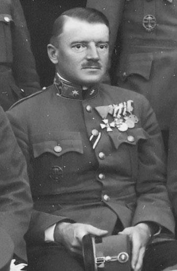 Petrik Ernő (1889-1945) őrnagyként 1928-ban