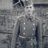 Major Jenő tartalékos zászlós katonai pályafutása