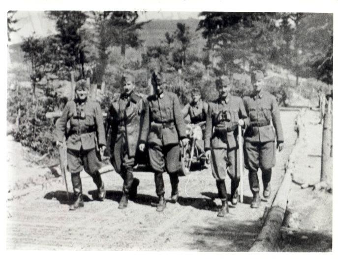 Vadász Ödön B2 - 1944 Az Észak Keleti Kárpátokban.jpg