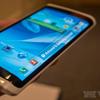 A Samsung minden kijelzőt meghajlít