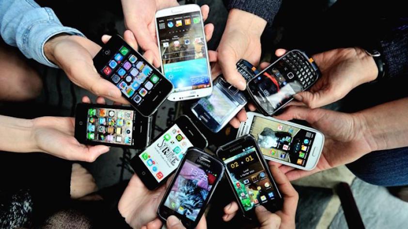 iconic-mobile-phones.jpg