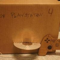 Szegény gyerek PlayStation-je!