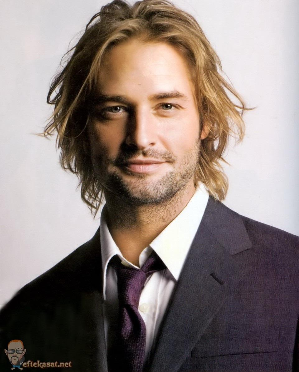 Josh Holloway earned a  million dollar salary, leaving the net worth at 22 million in 2017