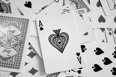 ace-cards-karty-pik-poker-1914476-480x320.jpg