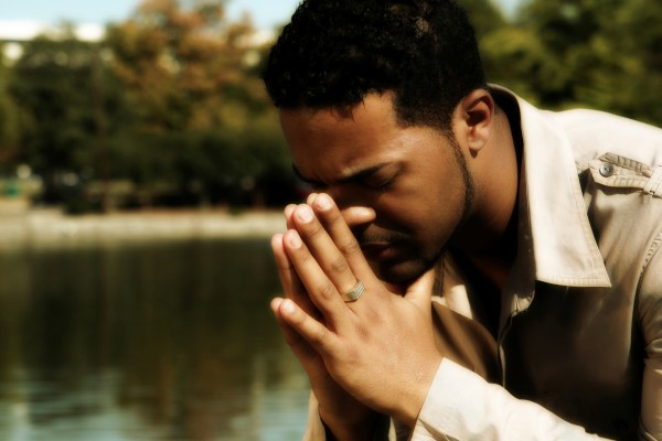 man-in-prayer-e1447215699728.jpg
