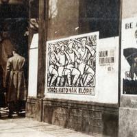 Mosakodnak! - Az ellenforradalmi kormány egy 1919-es plakátja