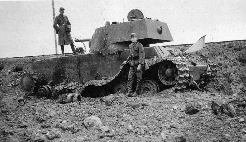 kowno_panzerschlacht_1941_01_raboe.jpg