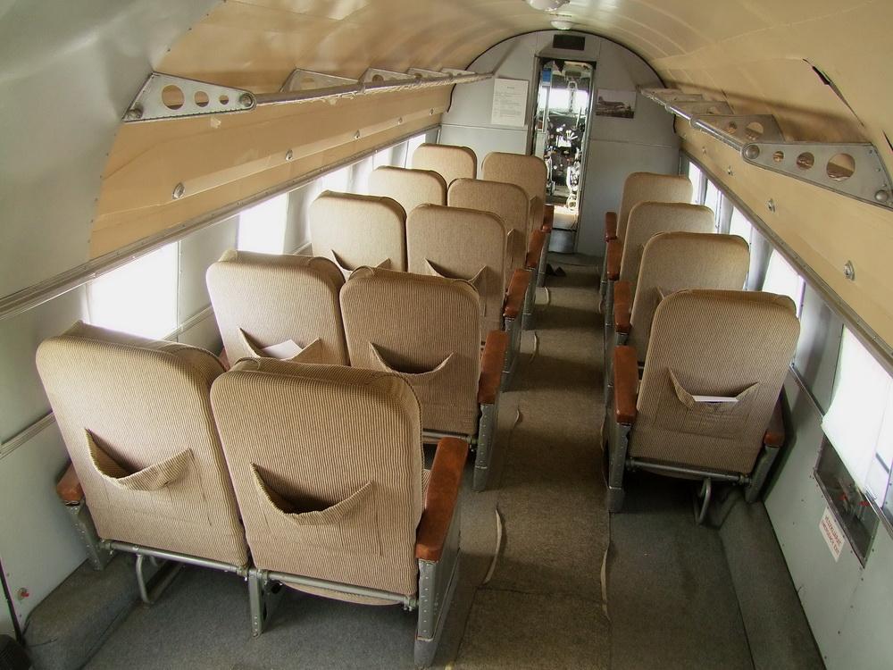 az-li-2t-felujitott-utastere.jpg
