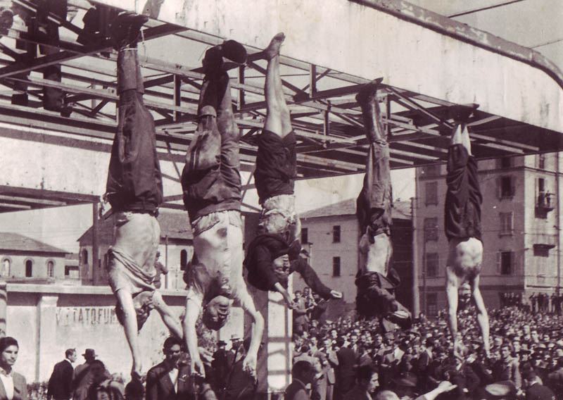 mussolini_e_petacci_a_piazzale_loreto_1945.jpg