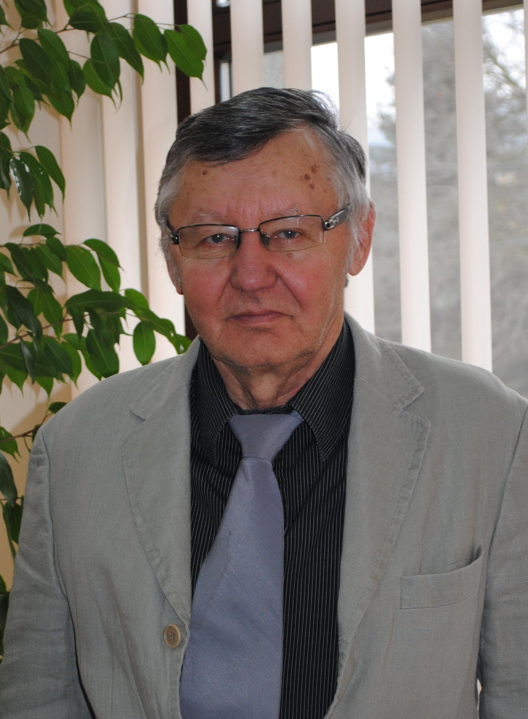 szszb_32_ki_szkalosi_laszlo.jpg