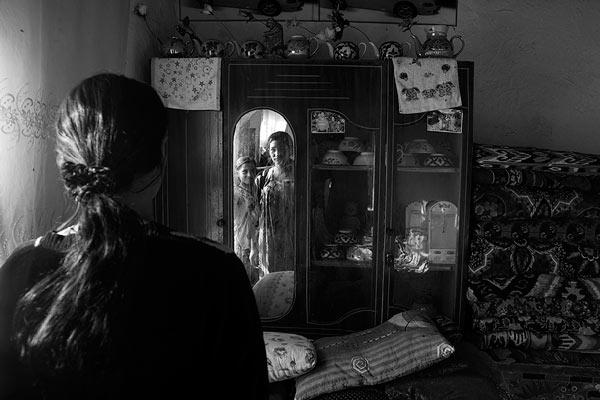Tükrös szoba © Anzor Buharsky