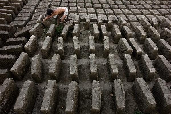 Labirintus © Anzor Buharsky