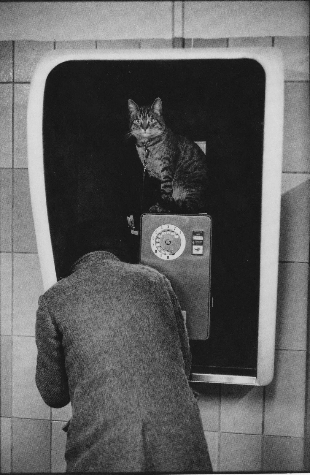 "Martine Franck, Subway station ""Tuileries"". Paris, 1977.<br />"