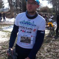 Február-március: gyorsulási futamok, 10 kilis rekord
