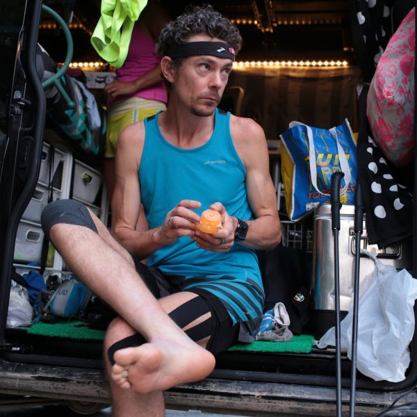 scott-jurek-champagne-problems_s.jpg