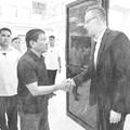 Duterte elnöktől szeretettel