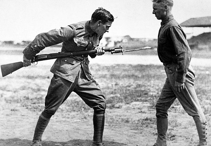 800px-bayonet.jpg