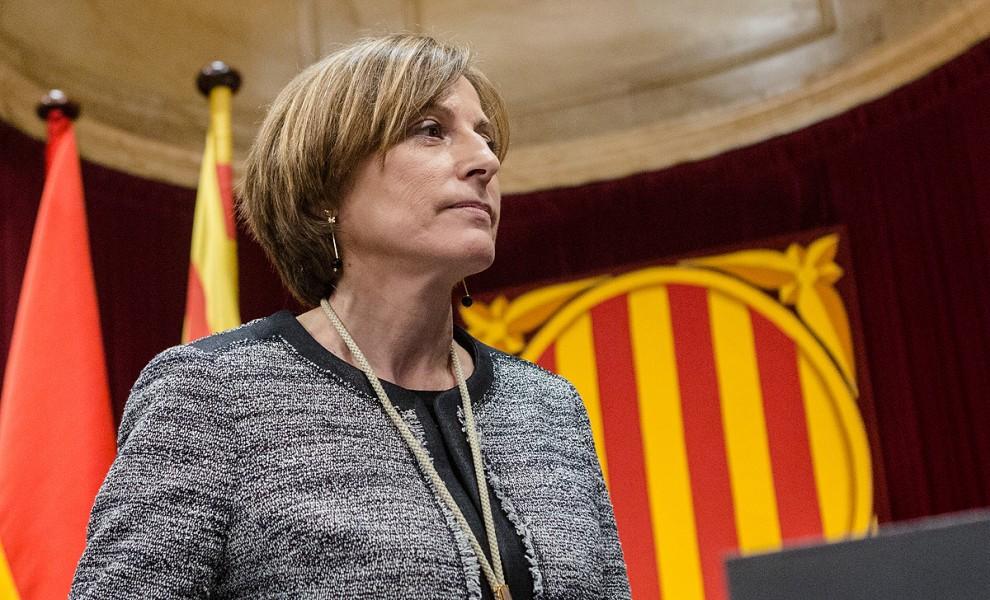 carme-forcadell_presidenta-parlamento-catalu_a_toma-posesion-26102015.jpg