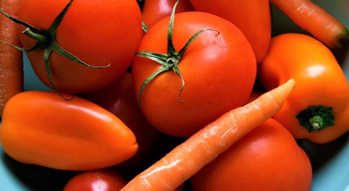 vegetables-2802895_1920.jpg