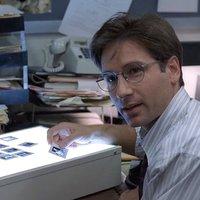 Hogyan lett a sztárügynök Fox Mulder konteóhívő megszállott?