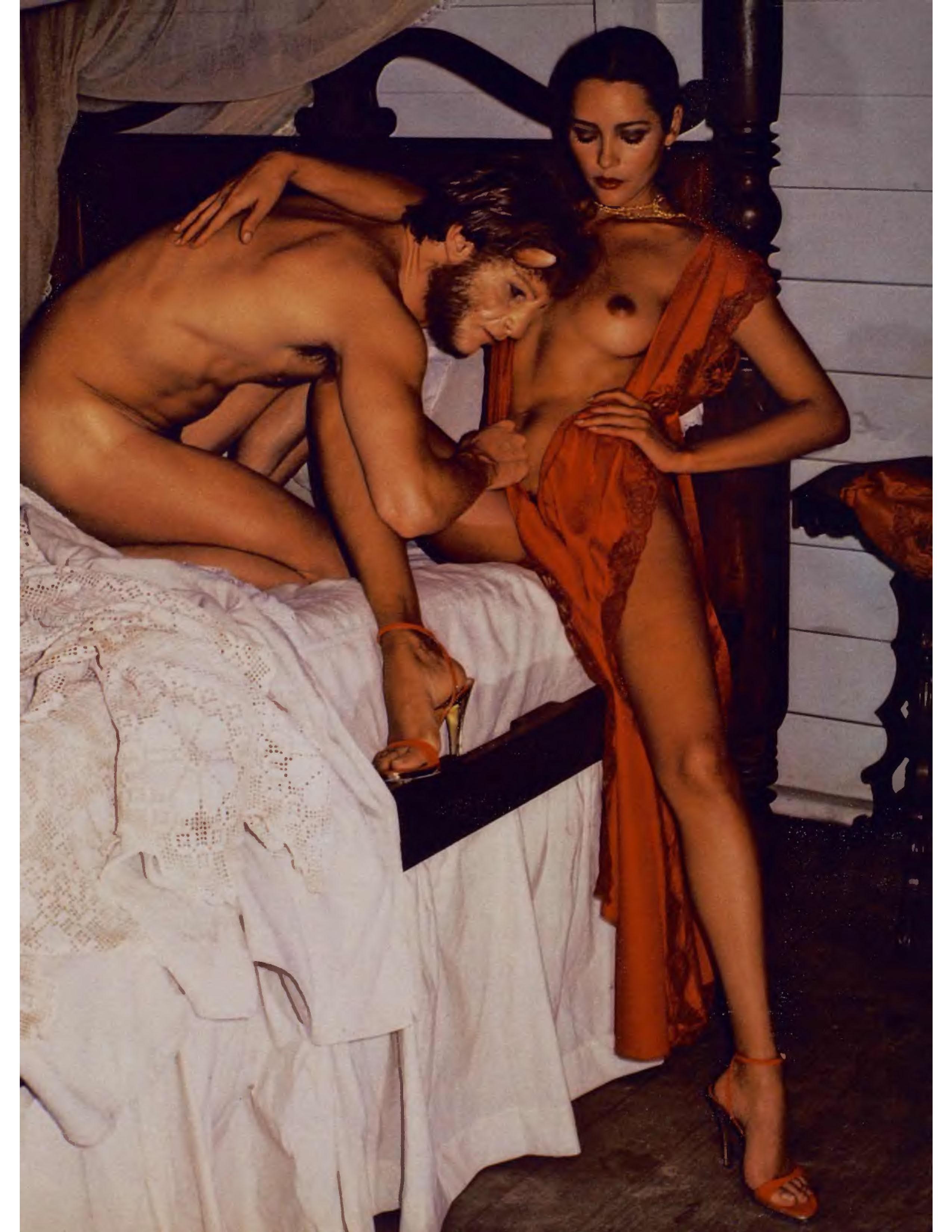 bond-girl-barbara-carrera-playboy-1977.jpg