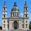 Romantikus lánykérés a Bazilika előtt, ami rendesen megpörgette a netet
