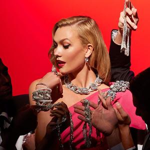 Marilyn Monroe most éppen Karlie Kloss tolmácsolásában bukkan fel