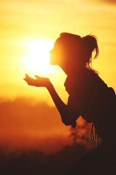 Csókoljuk a napsütést, ezért most változtatunk néhány szépséges dolgon!
