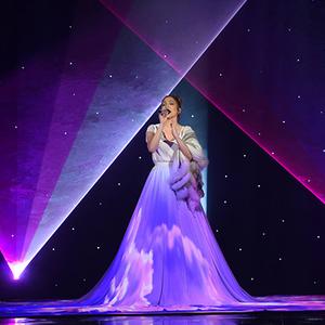 Jennifer Lopez ruhája mozivászon lett!