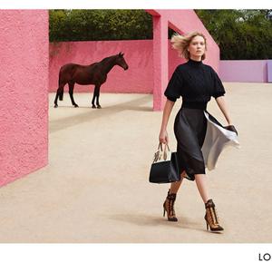 Louis Vuitton és Lea Seydoux, no meg a táskák