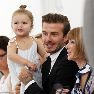 Harper Beckham és a Vogue