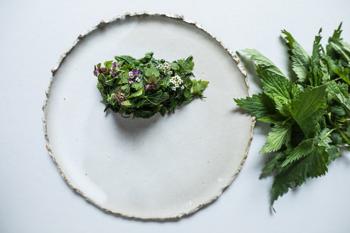 A zuzmó az új széna: gyerekkor a tányéron a Bábelben
