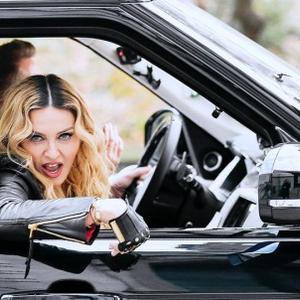 Itt van Madonna Carpool Karaokeja!