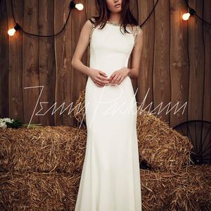 Bohém romantika Jenny Packman esküvői ruháin