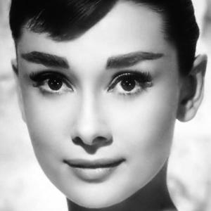 Stílus leckék Audrey Hepburntől