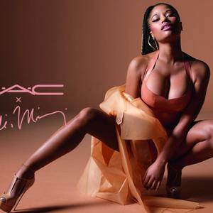 Nicki Minaj MAC-táltosodott