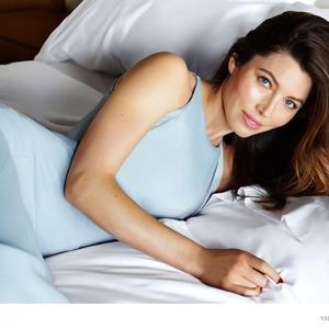 Jessica az ágyban
