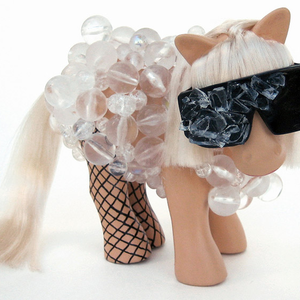A My Little Pony megbokrosodott