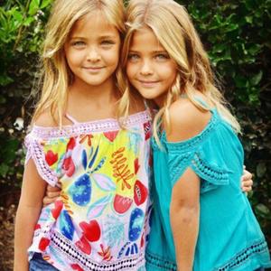 Az ikrek akik komoly modellkarriert tudhatnak magukénak