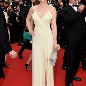 Osvárt Andi USE ruhában Cannes vörös szőnyegén
