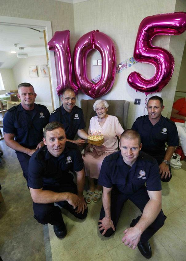 105-year-old-grandmother-birthday-wish-fireman-ivena-smailes-1.jpg