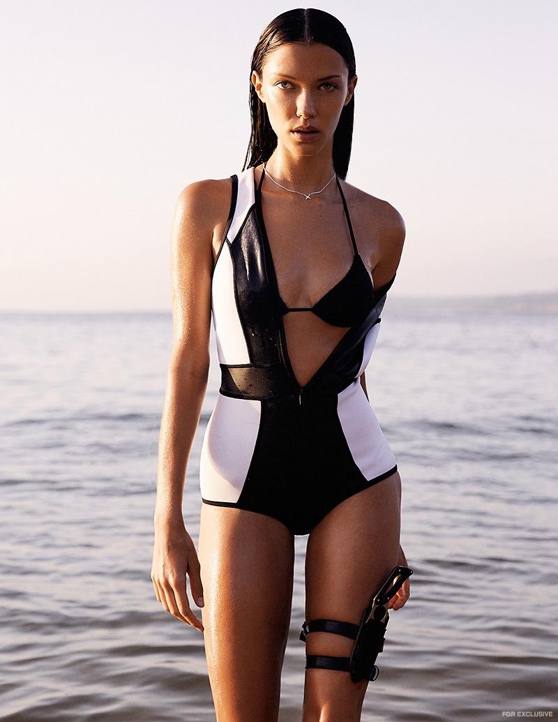 anna-christina-schwartz-swimsuit-fashion-shoot01.jpg