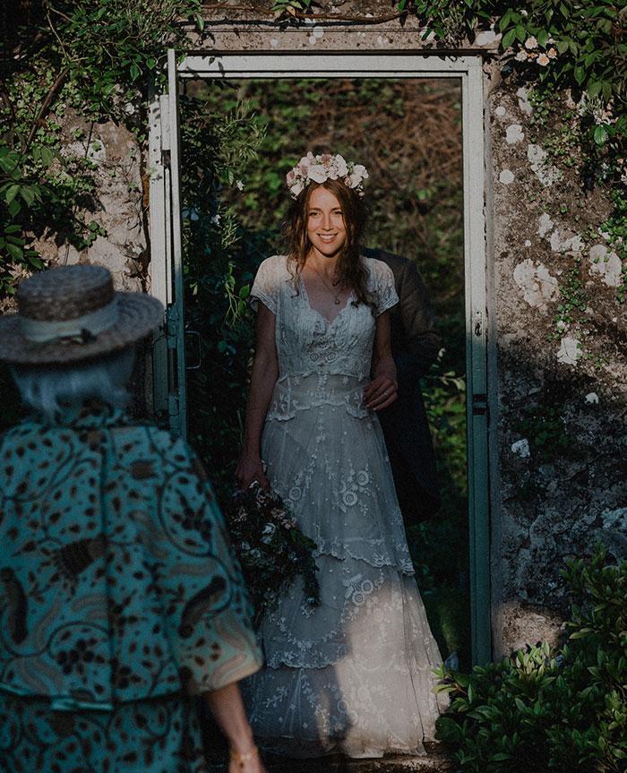 bride-reunited-missing-antique-dress-5-1.jpg