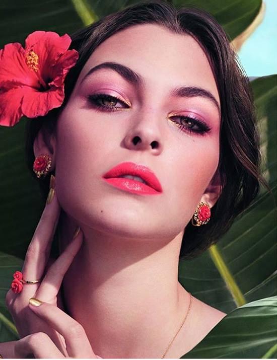 dolce-gabbana-spring-2017-tropical-spring-makeup.jpg