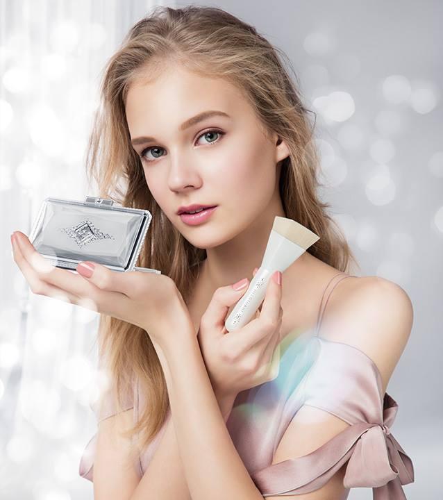 jill-stuart-spring-2017-base-makeup.jpg