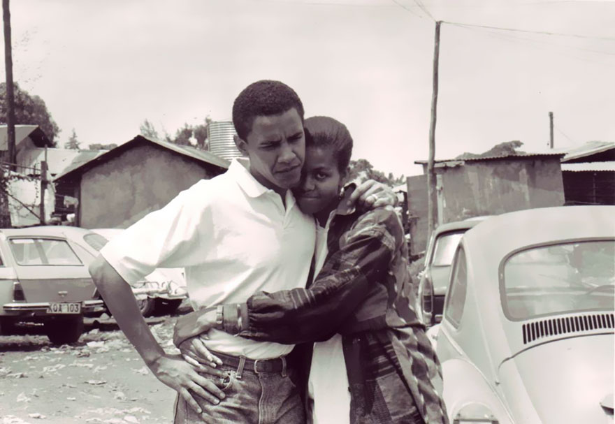 michelle-barack-obama-love-photos-1-587ce7f8b2755_880.jpg