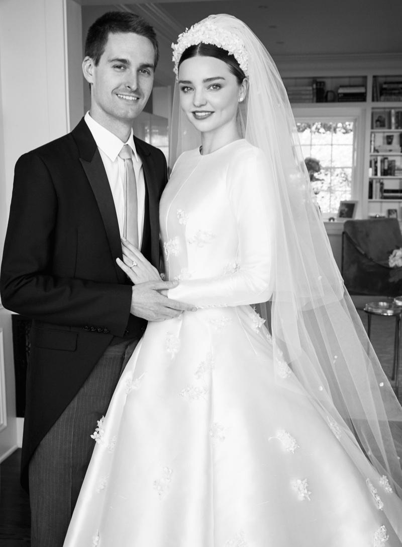miranda-kerr-dior-wedding-dress-photos01.jpg