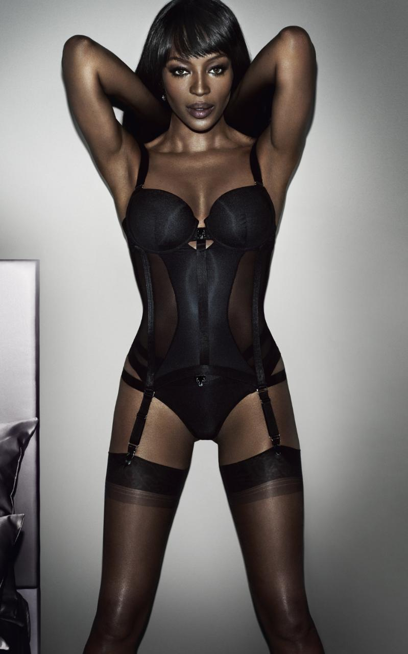 naomi-campbell-yamamay-lingerie-2015-campaign01.jpg